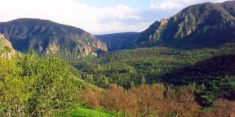 Khosrov Reserve, © WWF-Armenia/A. Malkhasyan