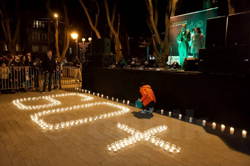 Earth Hour, UN Circle, Tbilisi, Georgia © Onnik James Krikorian 2015